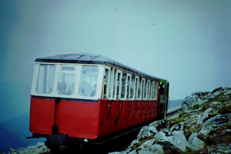 Snow1974-06