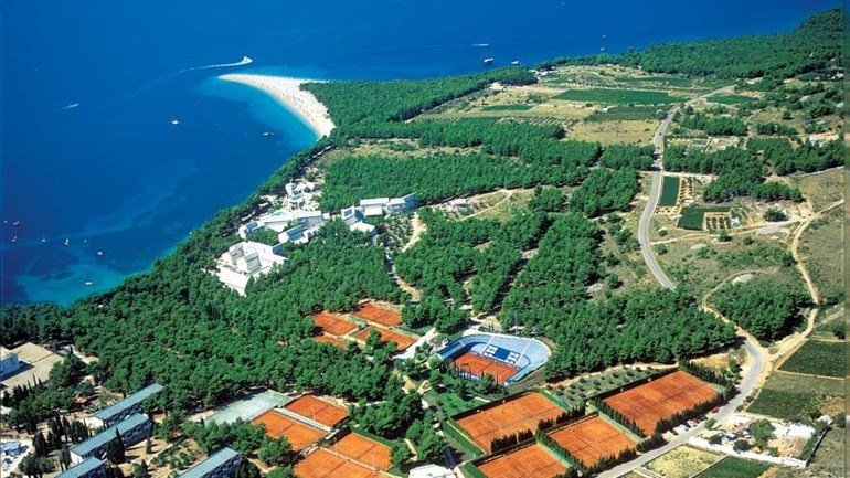 tennis-centre-in-bol-2