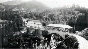 Brücke oberhalb Mühlen