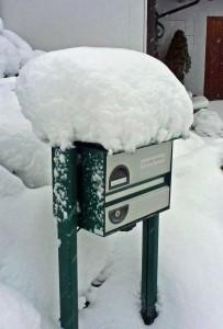 Briefkasten-Schnee